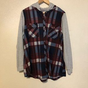 EUC Avenue Hooded Flannel